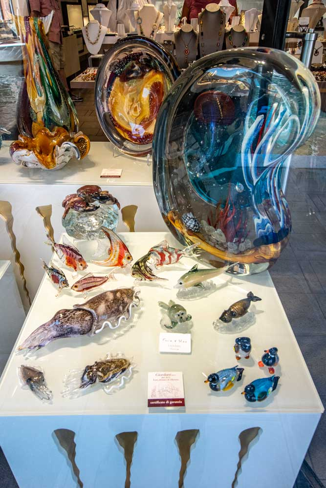 beautiful-venice-glass-in-murano