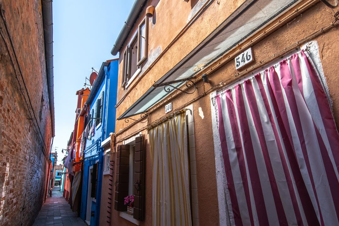 small-colorful-street-in-burano