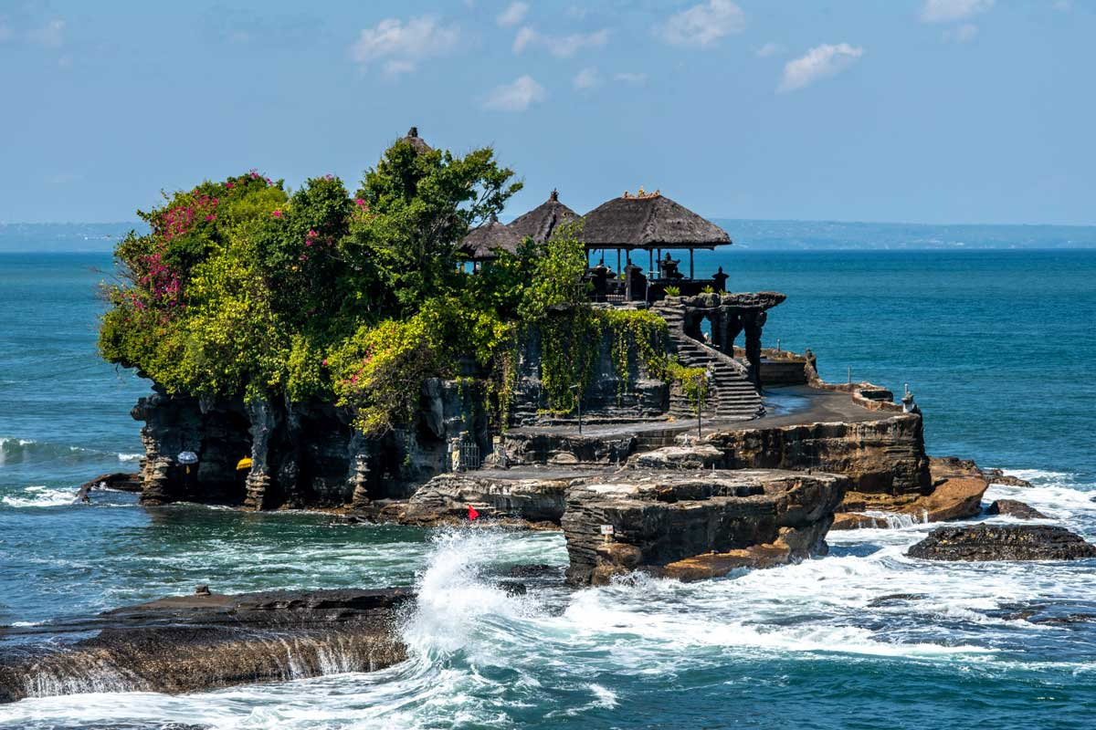 bali-photos---tanah-lot