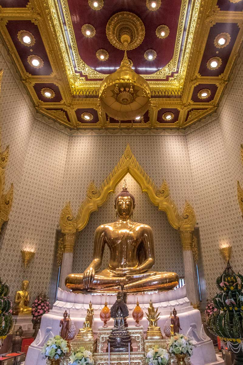 bangkok facts - the true golden Buddha