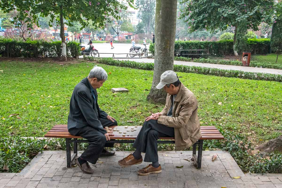 Hanoi photos - let's play some Xiangqi