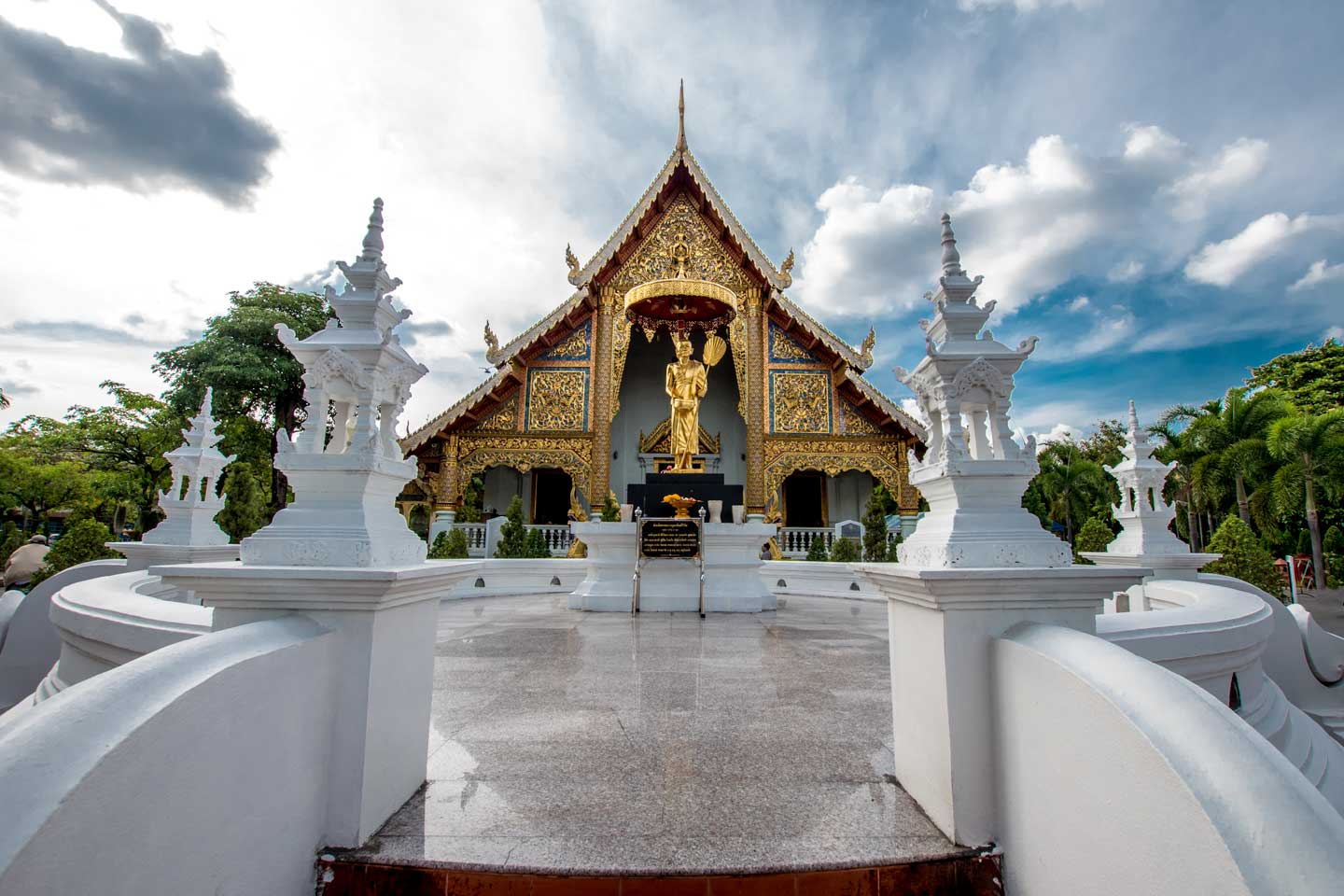chiang-mai-facts---white-building