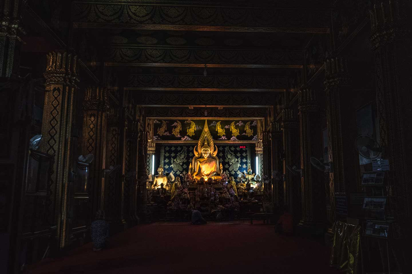 interesting-facts-about-chiang-mai---dark-budha