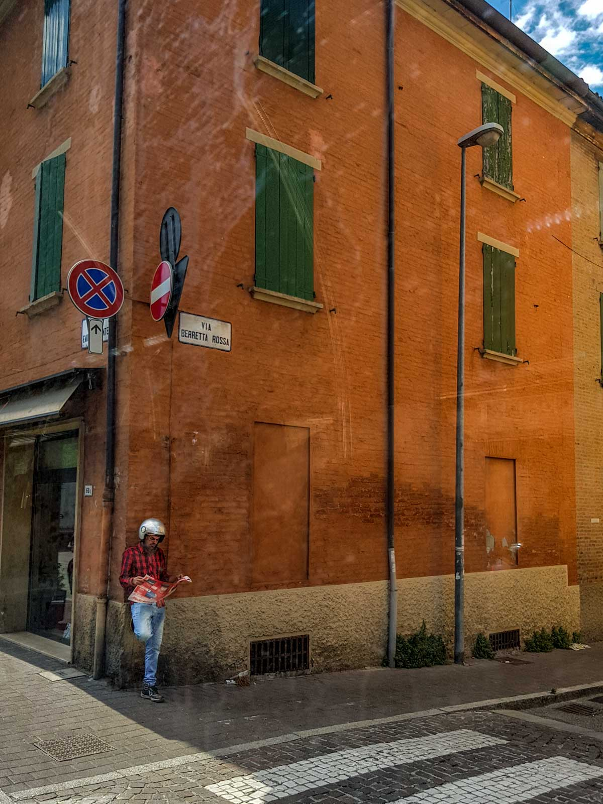 reader in bologna