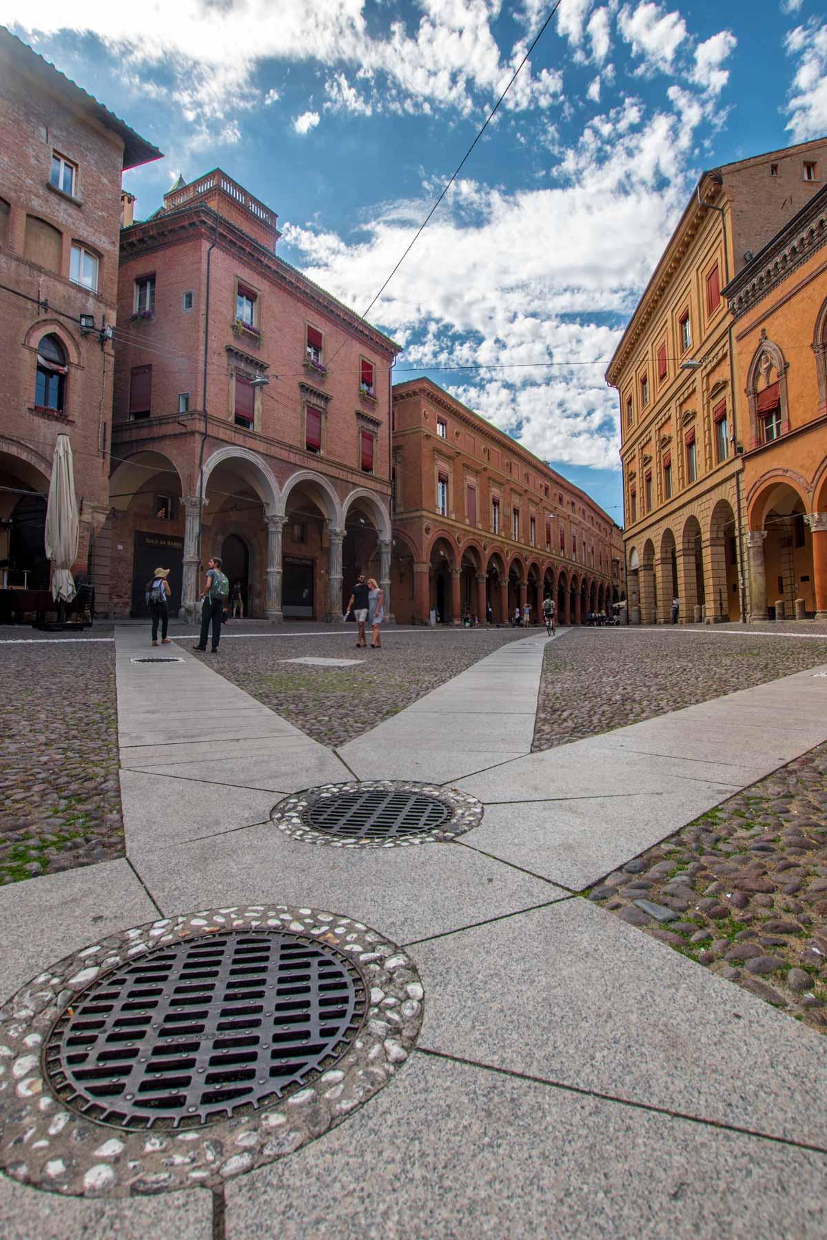 star city street bologna