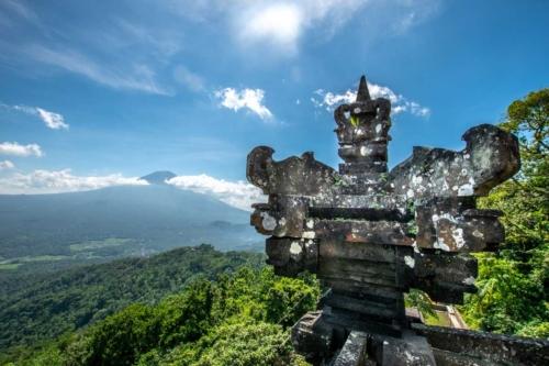 bali-photos---pura-lempoyang-view
