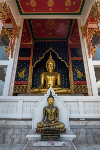 bangkok facts - golden Buddha