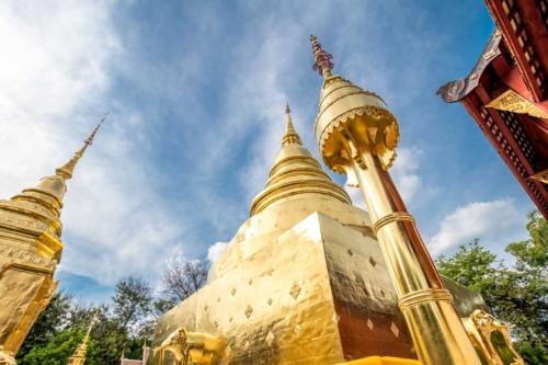 interesting-facts-about-chiang-mai-golden-stupa